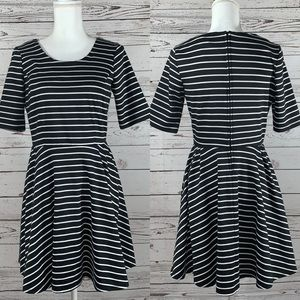 I.N. San Francisco black and white striped dress